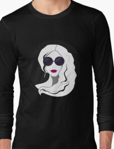 Woman fashion with sunglasses Long Sleeve T-Shirt