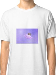 Bee and flower Classic T-Shirt