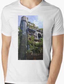 Hundertwasserhaus Vienna, Austria Mens V-Neck T-Shirt