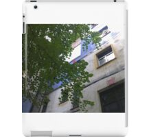 Hundertwasserhaus Vienna, Austria iPad Case/Skin