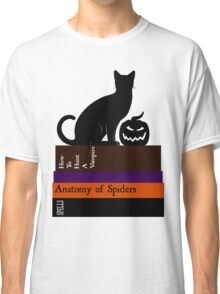 The Black Cat And It's Books Classic T-Shirt