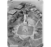 Liberty Island Black and White Photograph (1921) iPad Case/Skin