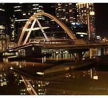Crown bridge melbourne by bluetaipan