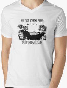 MOOLOOMBAH, MINJERRIBAH - (AKA POINT LOOKOUT NORTH STRADBROKE ISLAND) AUSTRALIA Mens V-Neck T-Shirt