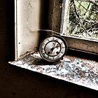 Clock by Zora