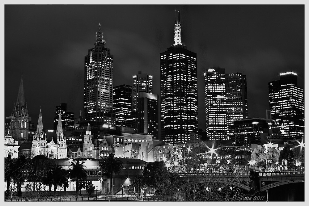 Melbourne and Flinders street in b/w  by bluetaipan
