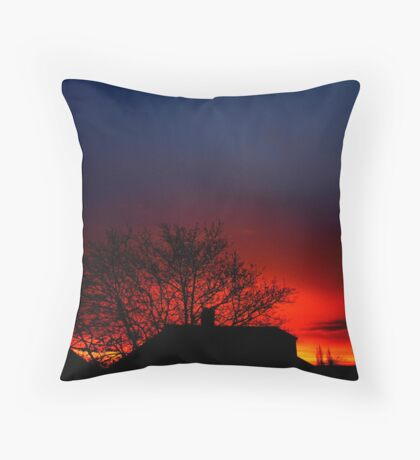 London's incredible sunrise 19/12/11 Throw Pillow
