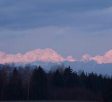 First mountain snow by Ian Middleton