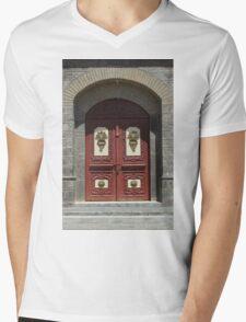 Red Wood Church Door Mens V-Neck T-Shirt