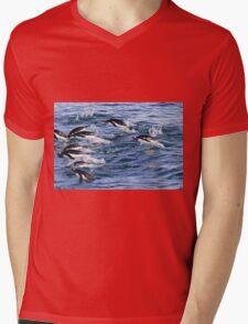 Gentoo penguins (Pygoscelis papua). swimming in the ocean Mens V-Neck T-Shirt