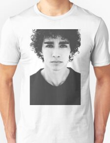 Robert Sheehan T-Shirt