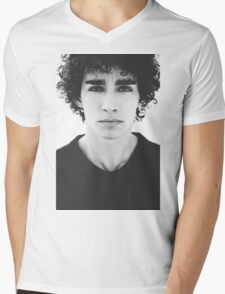Robert Sheehan Mens V-Neck T-Shirt