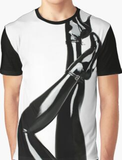 Tess '6 Graphic T-Shirt
