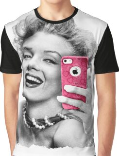 Selfie Marilyn Graphic T-Shirt