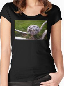 Bird Nest Light Women's Fitted Scoop T-Shirt