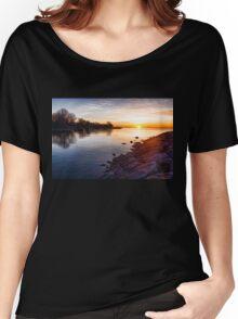 Purple Rocks Sunrise – Lake Ontario Impressions Women's Relaxed Fit T-Shirt