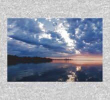 Blue Morning Zen - Toronto Skyline Impressions Kids Tee