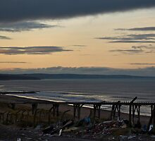 Steetley Pier/Beach at Sunset by SDSBerry