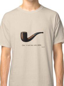 ceci n'est pas une pipe Classic T-Shirt