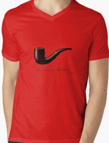 ceci n'est pas une pipe Mens V-Neck T-Shirt