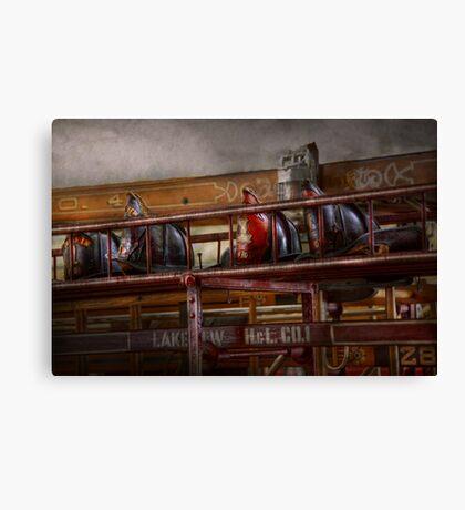 Fireman - Ladder Company 28 Canvas Print