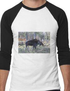 Male moose in the woods Men's Baseball ¾ T-Shirt