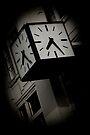 Herald Sun Clock by Andrew Wilson