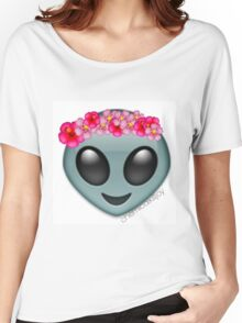 alien with a flowercrown  Women's Relaxed Fit T-Shirt