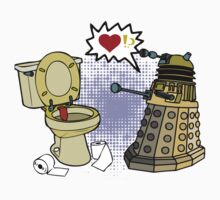 doctor who dalek love Kids Tee