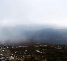 Schiehallion, a foggy view. by Knut P.  Boyum