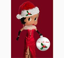 BETTY BOOP KISS ME SANTA -PILLOW-TOTE BAG-JOURNAL-ECT. Unisex T-Shirt