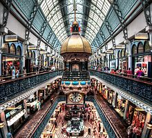 Thursday QVB by Andrew Dickman