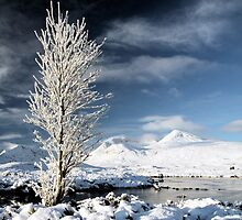 Glencoe winter scenery by Photo Scotland