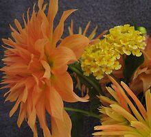 Dahlia and Lantana still life by Susan Roberts