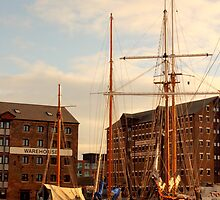 Gloucester docks by yampy