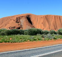 On the road to Uluru by Anthony Judd