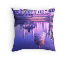 REFLECTING ON MOSQUE Throw Pillow