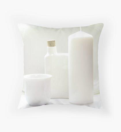 White goods Throw Pillow