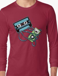 The Comeback | Retro Music Cassette Vs iPod Long Sleeve T-Shirt