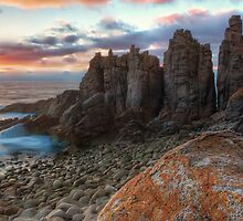 Horizon Burst - The Pinnacles, Phillip Island by Sean Farrow