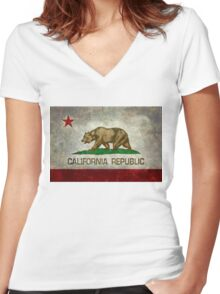 California Republic state flag - Vintage retro version Women's Fitted V-Neck T-Shirt