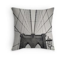 New York City, Brooklyn Bridge | B/W Throw Pillow