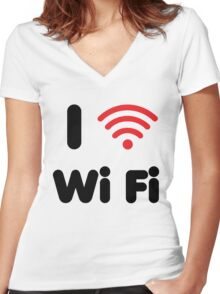 I Heart Wi Fi Women's Fitted V-Neck T-Shirt