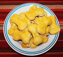 homemade dog biscuits for pup, maddie and foxy by SusieG