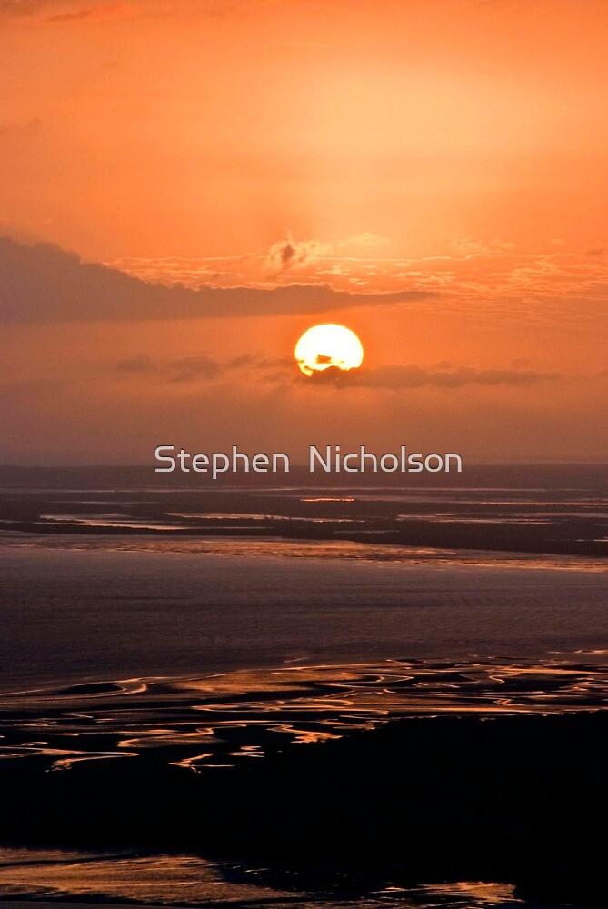 Smoky Dawn by Stephen  Nicholson