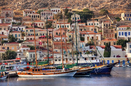 Nimborio ships by Tom Gomez