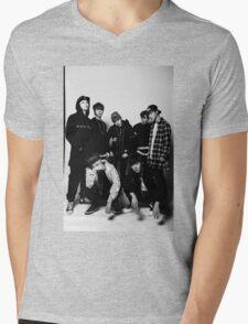 BTS COOL 当代歌坛 Mens V-Neck T-Shirt