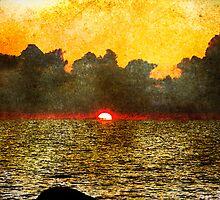 Faded Sunset by tutulele