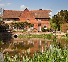 Flatford mill by Ian Merton