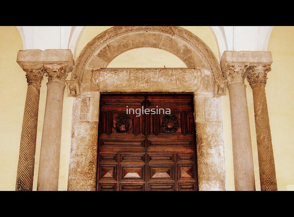 La Cattedrale by inglesina